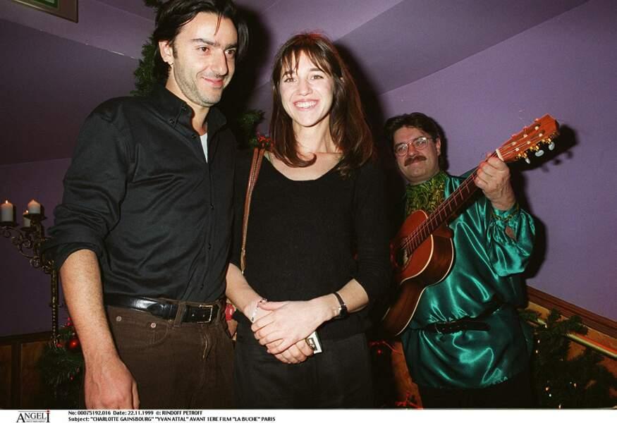 Charlotte Gainsbourg et Yvan Attal, en 1999.
