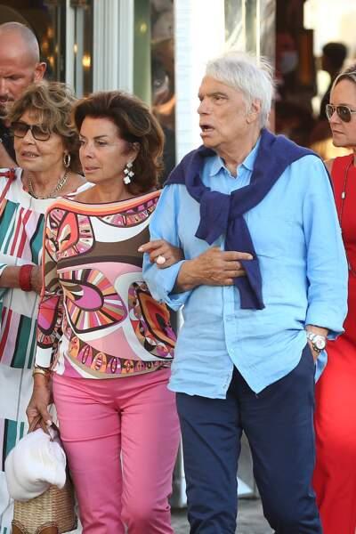 Bernard Tapie et Dominique, à Saint-Tropez, en juillet 2020.