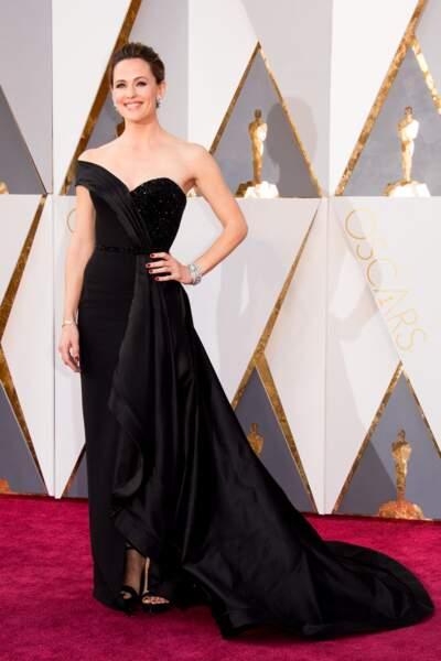 Jennifer Garner, au photocall de la 88ème cérémonie des Oscars au Dolby Theatre à Hollywood, le 28 février 2016.