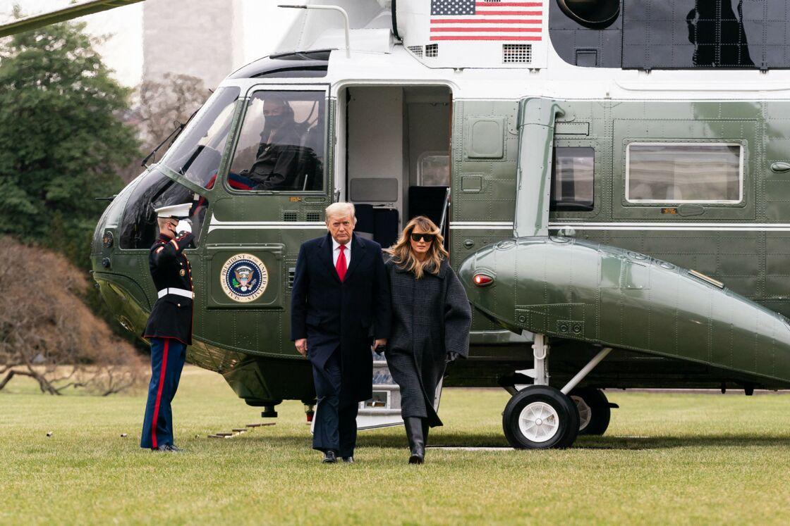S'ils cèderont leur place au couple Biden le 20 janvier 2021, Donald et Melania Trump ne disent mot sur leurs projets de fin de mandat