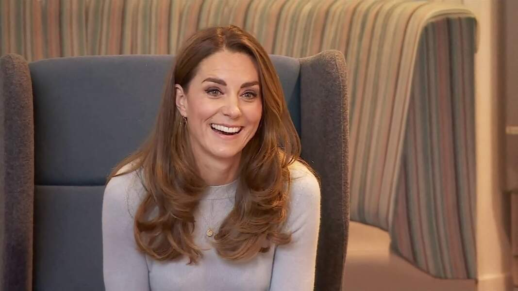 Comme toute modeuse confirmée, Kate Middleton a elle aussi craqué pour le pull, superstar de l'hiver 2021.