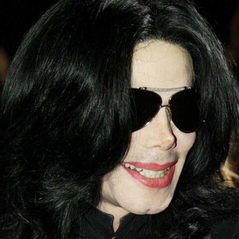 Michael Jackson accepte de payer ses dettes