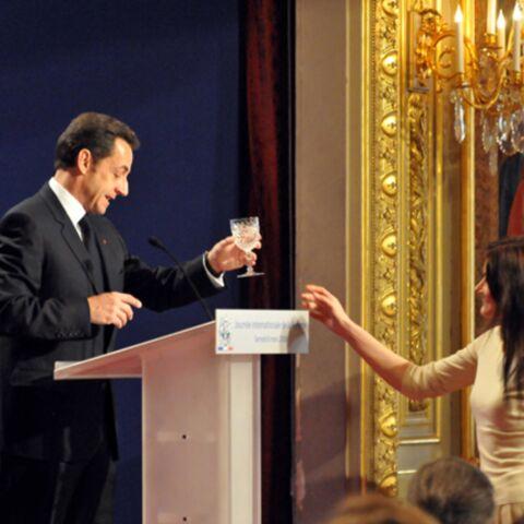Quand Nicolas Sarkozy veut son verre d'eau…