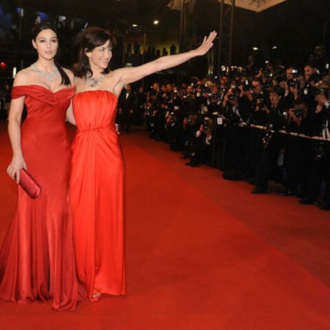 Sophie Marceau et Monica Bellucci électrisent le tapis rouge cannois