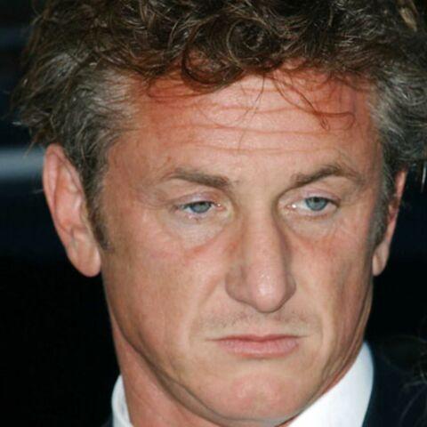 Sean Penn harcèle son ex-femme par téléphone