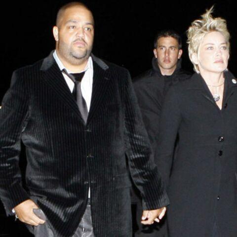 Sharon Stone rejointe à Paris par un mystérieux inconnu…