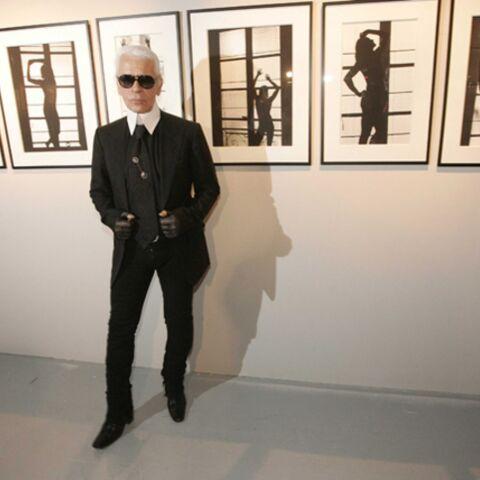 Une photo de Karl Lagerfeld a été volée au château de Versailles