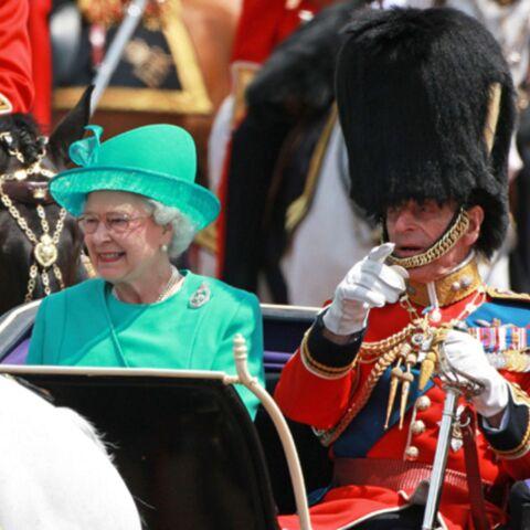 La reine Elisabeth vend la peau de l'ours