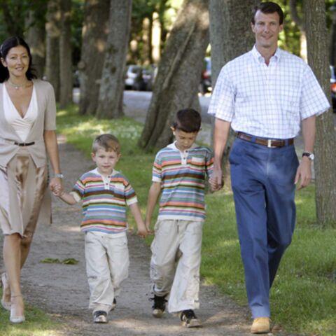Le Prince Joachim de Danemark s'affiche avec son ex-femme