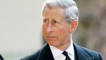 Attentats de Paris: le prince Charles en deuil