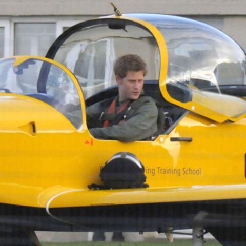 Le prince Harry vole enfin de ses propres ailes!