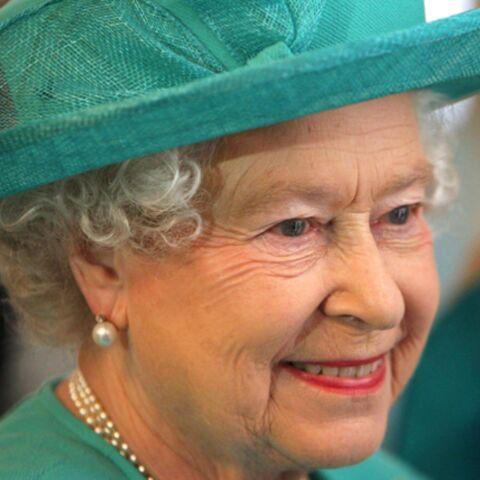 La reine d'Angleterre fait elle-même la vaisselle