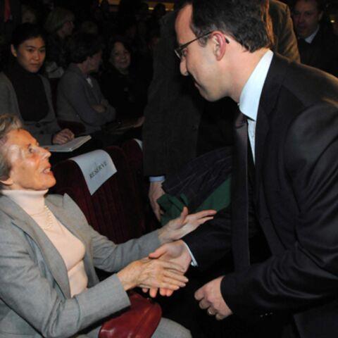 Andrée Sarkozy soutient le dissident de l'UMP à Neuilly!