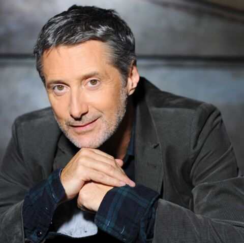 Antoine de Caunes reconduit au Grand Journal? Rien n'est acté