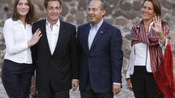 Nicolas Sarkozy, accompagné de Carla Bruni, négocie au Mexique