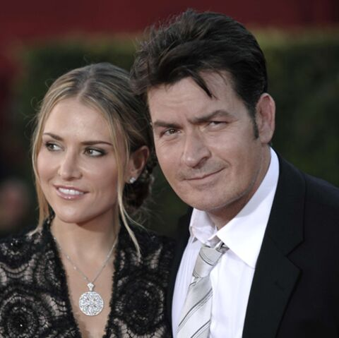 Charlie Sheen: il plaidera coupable de violences conjugales