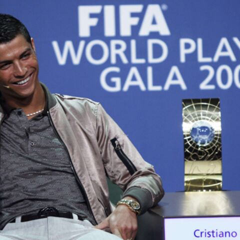 Cristiano Ronaldo sacré joueur Fifa de l'année