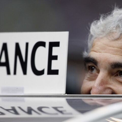Raymond Domenech: fini le banc de touche!
