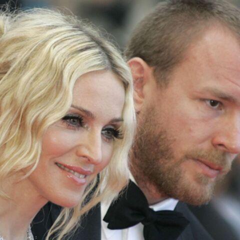 Guy Ritchie refuse de partager le même toit que Madonna