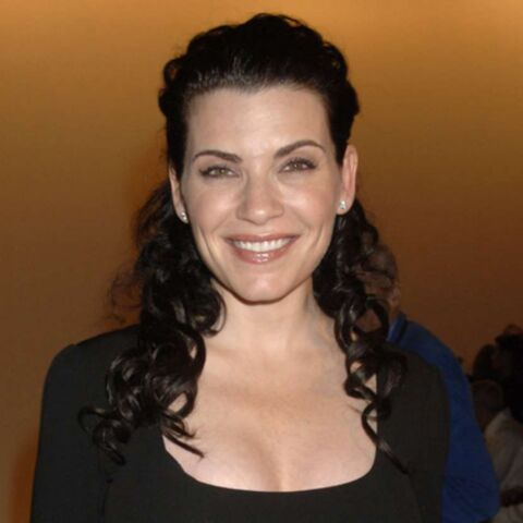 Julianna Margulies attend un petit garçon
