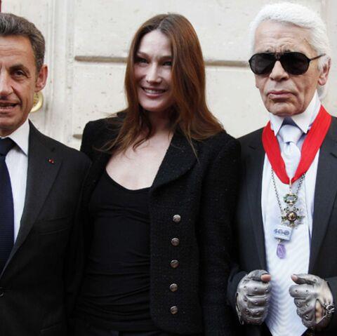 Karl Lagerfeld, décoré par Nicolas Sarkozy