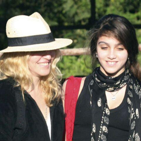 Madonna, adoption en famille au Malawi
