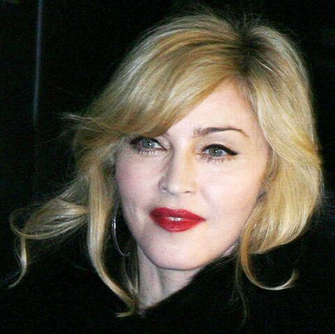 Madonna place son argent dans la coco
