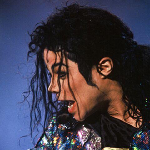 ECOUTEZ- Michael Jackson chante Breaking News