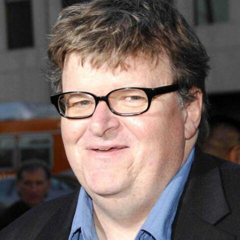 Michael Moore, déçu d'Hillary, accorde son soutien à Barack Obama