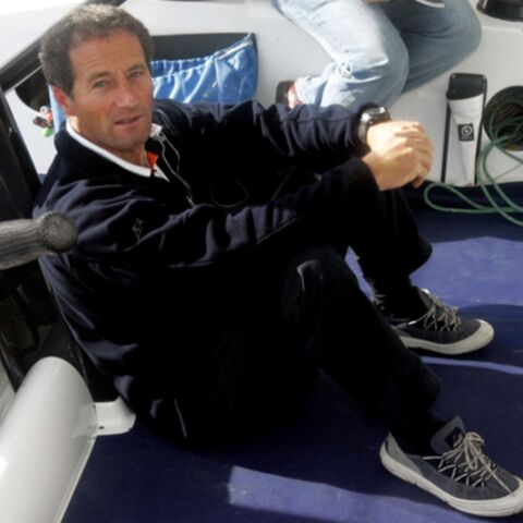 Vendée Globe: Michel Desjoyeaux rebrousse chemin