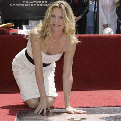 Michelle Pfeiffer décroche son étoile à Hollywood