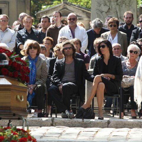 Photos: Vive émotion aux obsèques d'Alain Corneau