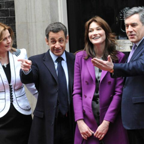 Les Sarkozy reçoivent Gordon Brown et sa femme à dîner