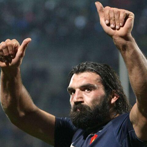 Rugby: Chabal et Tillous-Borde titulaires pour affronter les Wallabies