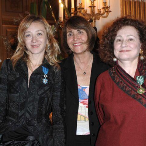 Sylvie Testud et Catherine Arditi décorées par Christine Albanel