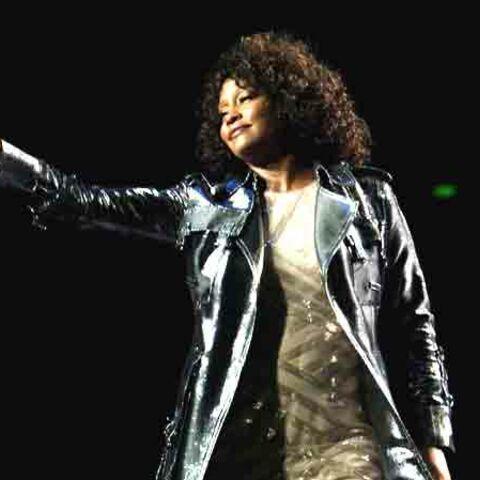 Whitney Houston fait faux bond aux Parisiens