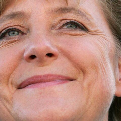 Angela Merkel, regardez-la dans les yeux…