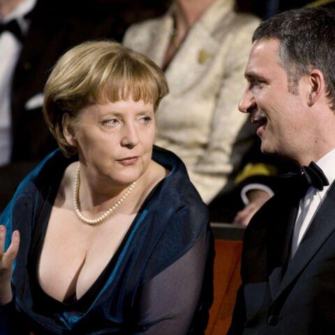 Angela Merkel: les tétons aux Teutons