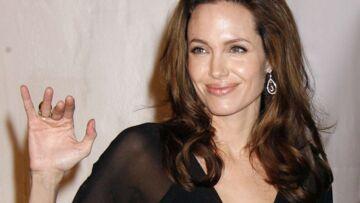 Angelina Jolie adore être mère