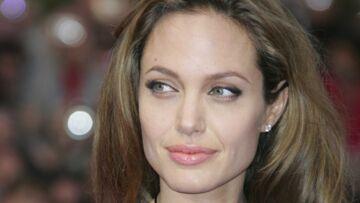 Entre Obama et McCain, le cœur d'Angelina Jolie balance