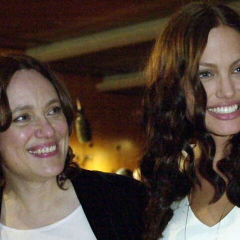 Vidéo – L'émouvant hommage d'Angelina Jolie à sa maman