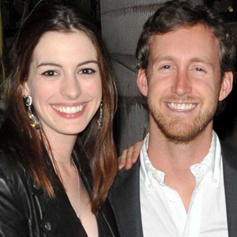 Anne Hathaway, apaisée par Adam Shulman