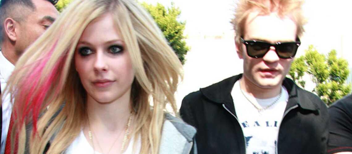 Avril Lavigne bientôt célibataire?