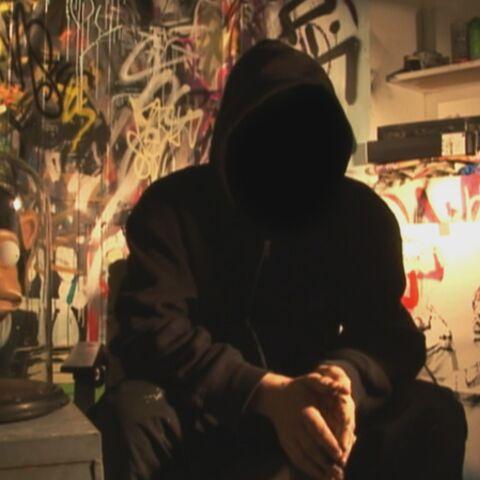 Banksy sort de l'ombre, ou presque