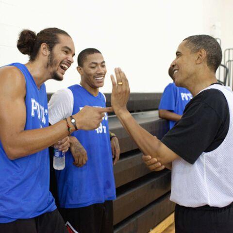 Seul pour son anniversaire, Barack Obama s'offre une belle
