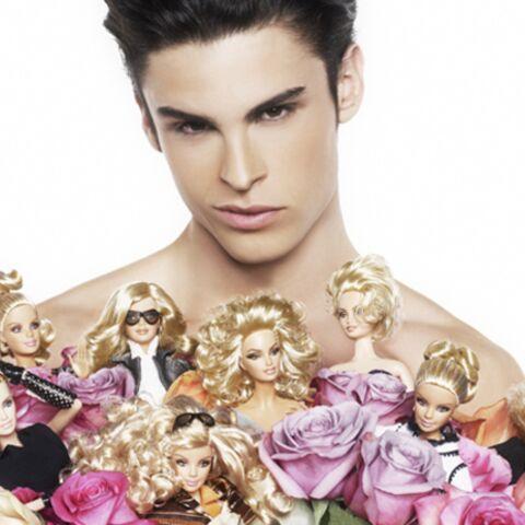 Karl Lagerfeld relooke Barbie