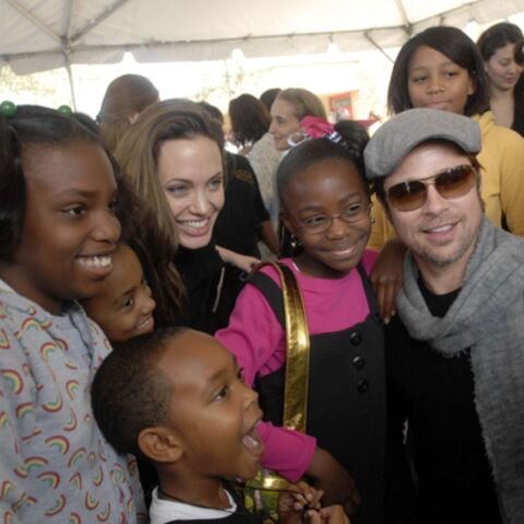Angelina Jolie et Brad Pitt donnent le sourire aux enfants de Louisiane
