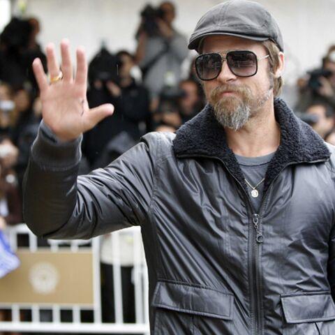 Découvrez le look espagnol de Brad Pitt