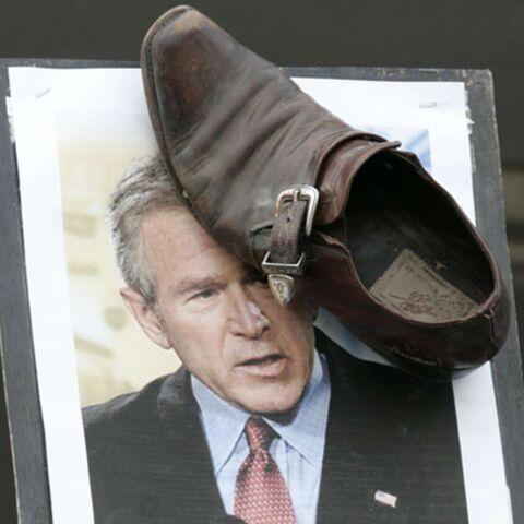 Lancer de chaussures sur Bush: le journaliste irakien jugé le 31 décembre