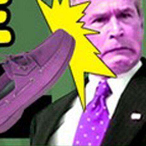 Bush-toi de là: le lancer de chaussures fait fureur sur le Web